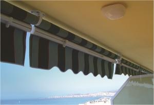Toldo stor brazo balcon